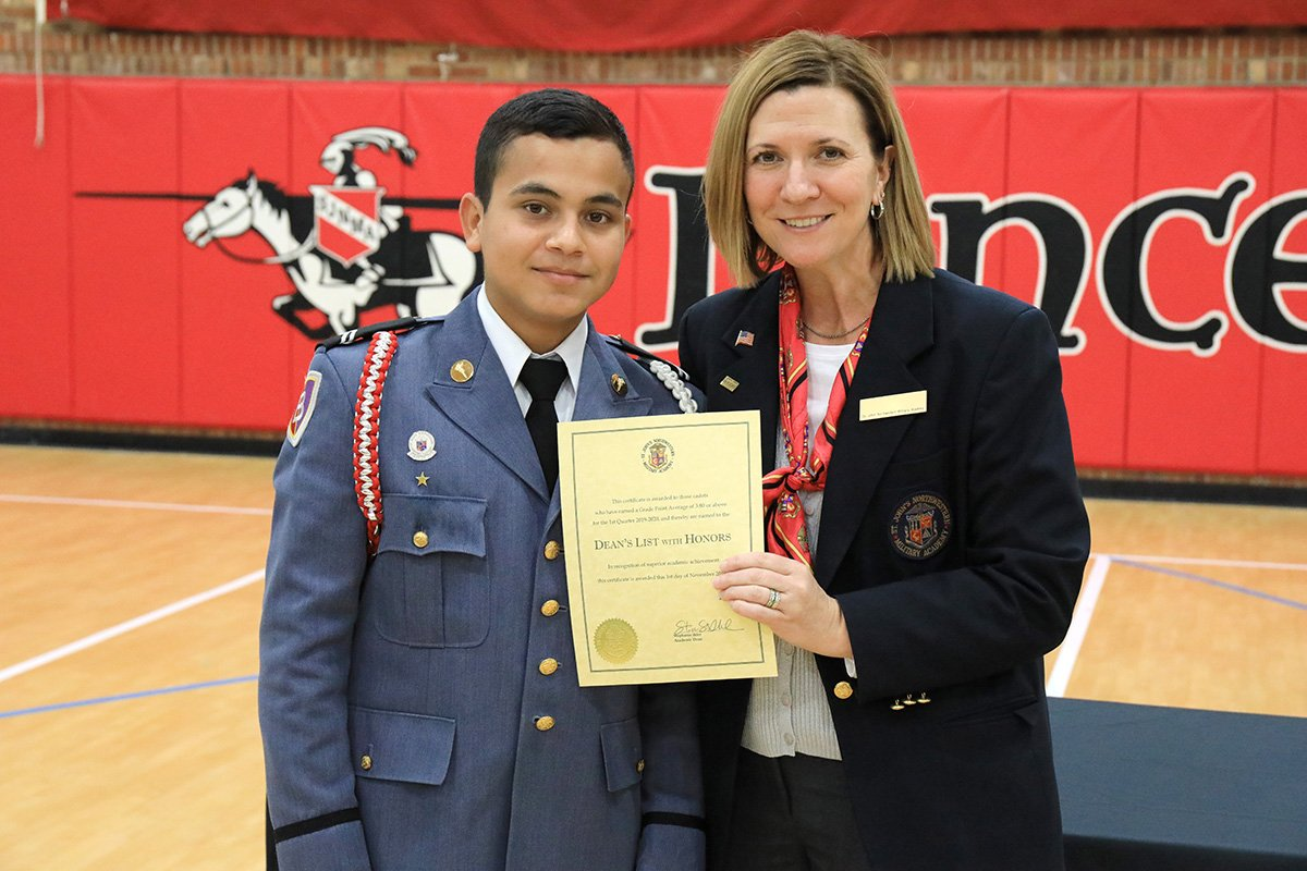 Student getting recognition certificate